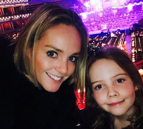 Amanda Davies with her daughter celebrating Christmas