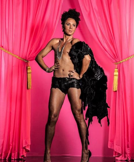 Johnny Weir Body Measurements, Height, Color, Size