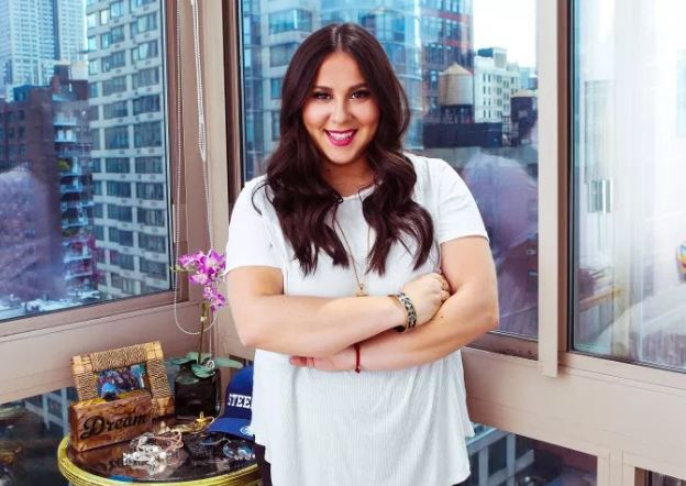 Claudia Oshry Bio, Wiki, Net Worth