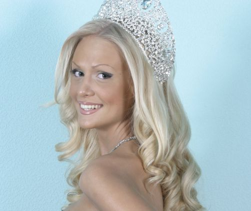 Victoria Lopyreva is Miss Russia 2003