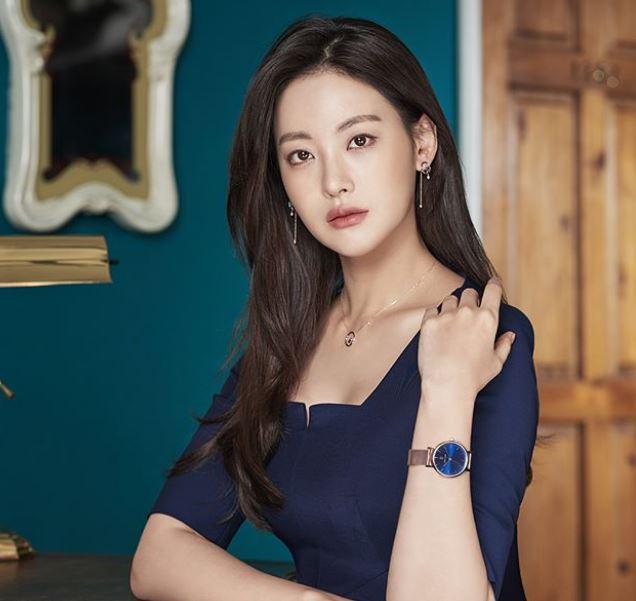 Oh Yeon Seo Net Worth, Career, Salary