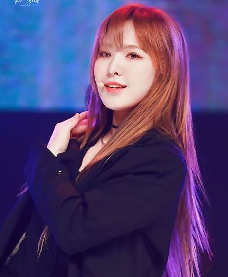 Wendy is a singer from Red Velvet group