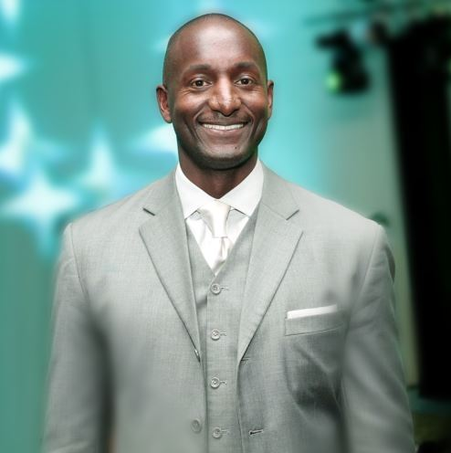 Randal Pinkett Mother, Height