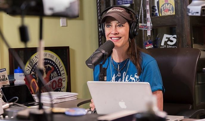 Stephanie Miller Net Worth, Salary, Income
