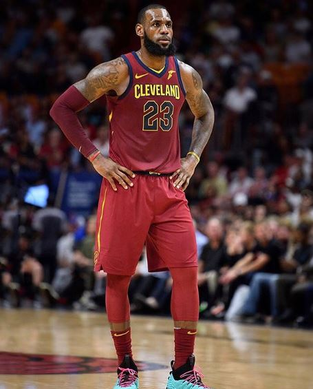 LeBron James Body Measurements, Height, Weight