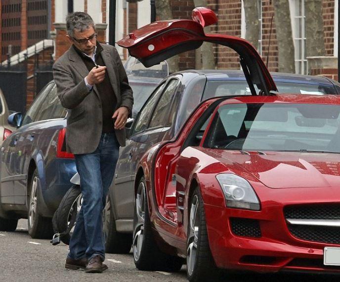 Rowan Atkinson Net Worth, Salary, Income, Car