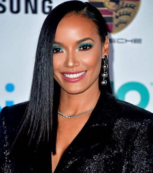 Selita Ebanks Net Worth, Salary, Income