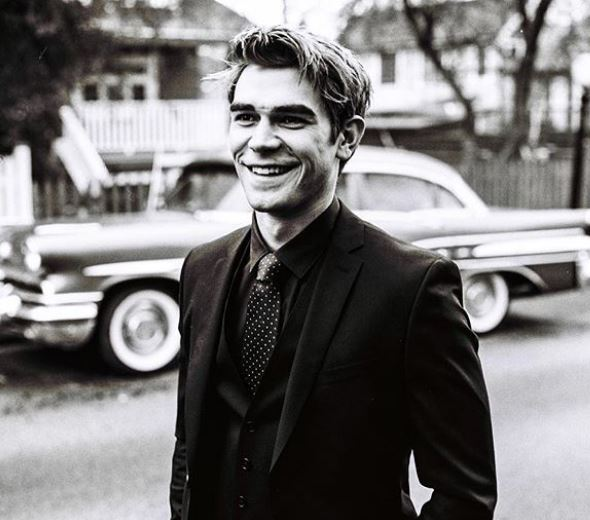 KJ Apa Net Worth, Salary, Income