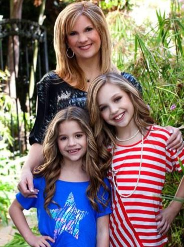 Melissa with her daughters, Madison and Mackenzie