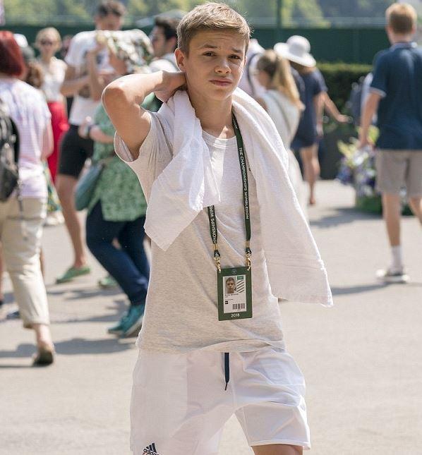 Romeo Beckham Body Size, Height, Weight