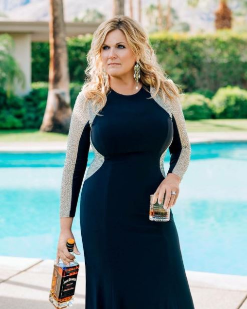 Trisha Yearwood Body Measurements, Height, Weight