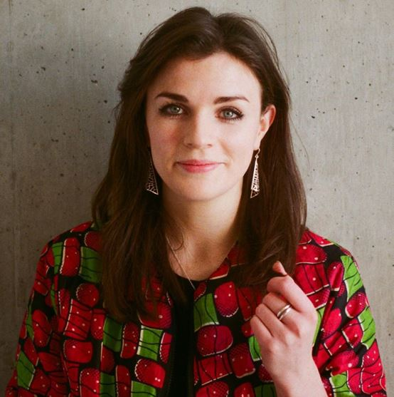 Aisling Bea Parents, Family, Siblings