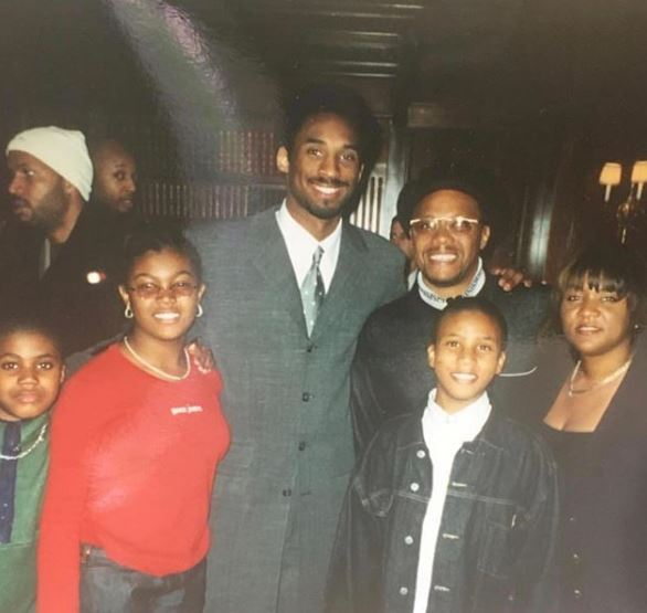 Mathis with his family featuring Kobe Bryant