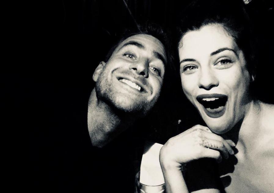 Oliver Jackson-Cohen with his girlfriend Jessica De Gouw