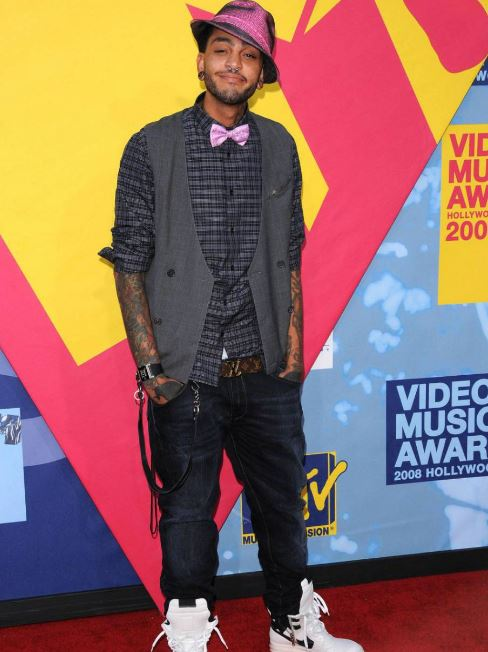 Travie McCoy Body Size, Height, Weight