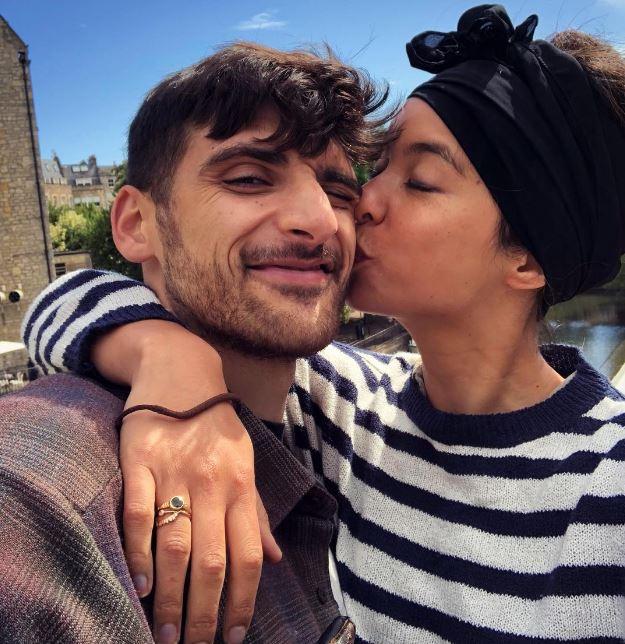 Isobel kissing her boyfriend, Benjamin Zand
