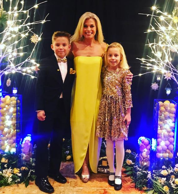 Tracy Smith with her kids