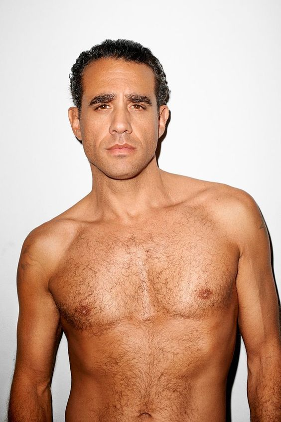 Bobby Cannavale height, measurement