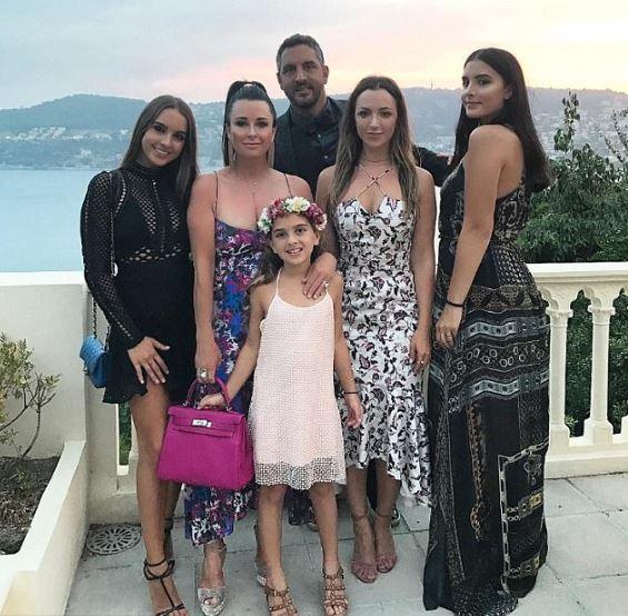 Farrah Aldjufrie Parents, Family