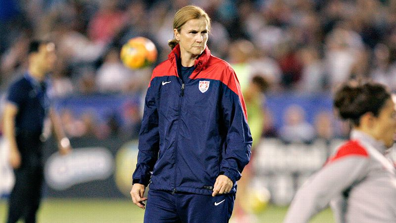 Jill Ellis Body Measurements, Height, Size