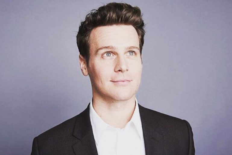Jonathan Groff Bio, Wiki, Net Worth