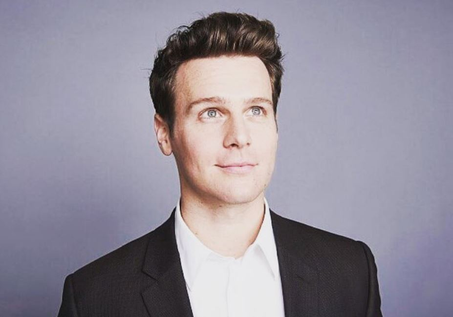 jonathan groff - photo #10