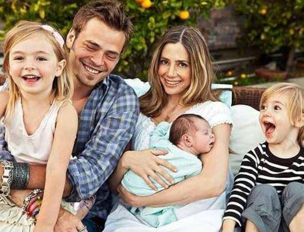 Christopher Backus Children, Family, Parent