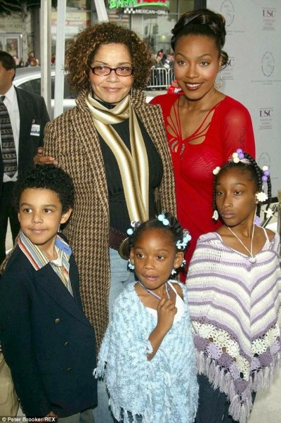 Nona Gaye Family, Siblings, Parents
