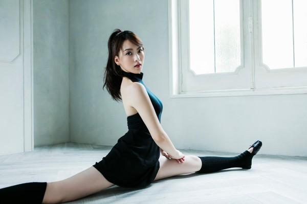 Kang Ji Young Salary, Income, Net Worth