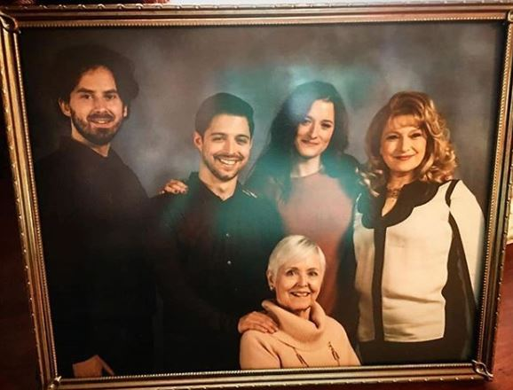 Grace Gummer Family, Sibling, Parents