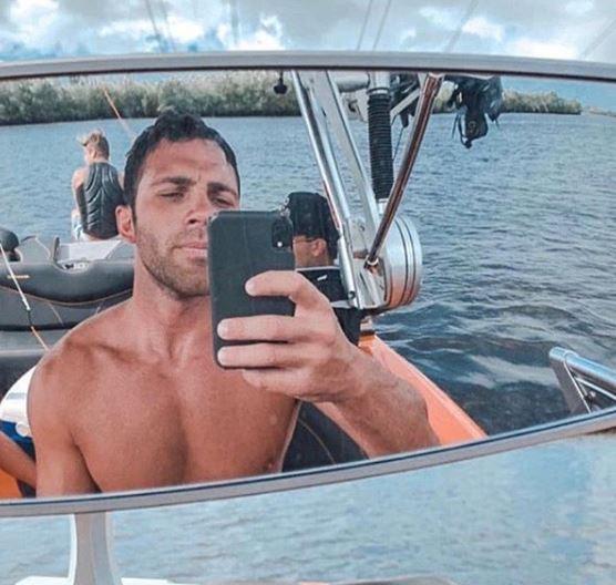 Alex Kompothecras Boat, Net Worth