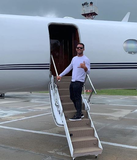 Alex Kompothecras Plane, Net Worth