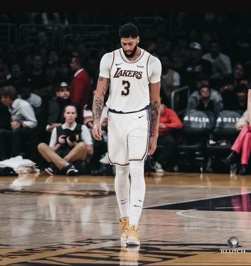 Anthony Davis Height and Weight