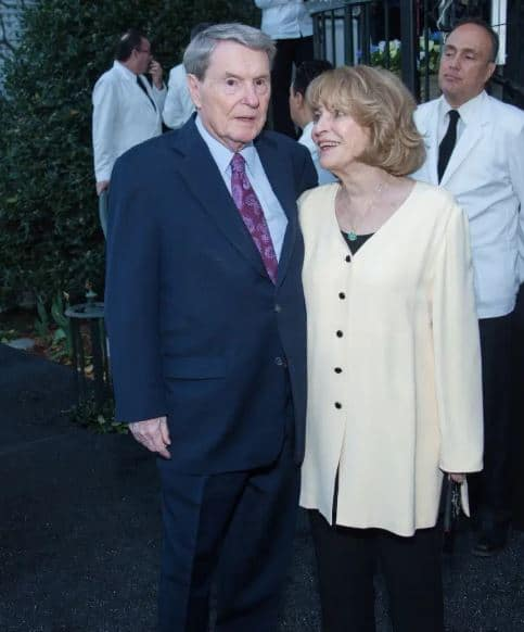 Jim Lehrer with his wife, Kate Lehrer