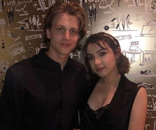 Alex Saxon Girlfriend, Dating, Hannah Marks