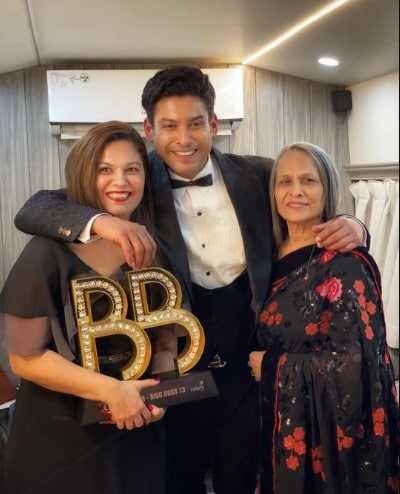 Sidharth Shukla Parents, Family and Siblings