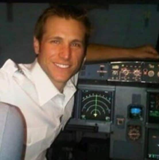 Jake Pavelka Plane, Net Worth