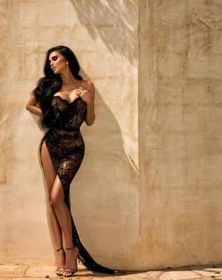 Lilly Ghalichi Height, Weight, Size