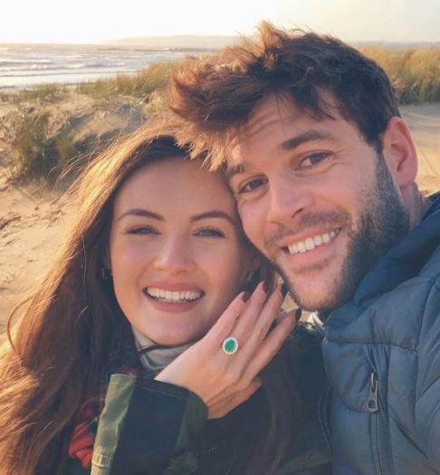 Niomi Smart Dating, Boyfriend, Engaged