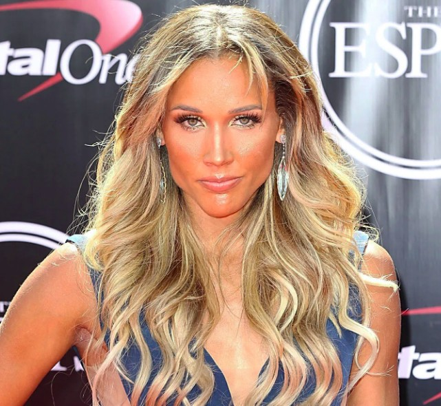 Lolo Jones Relationship,Dating, Boyfriend