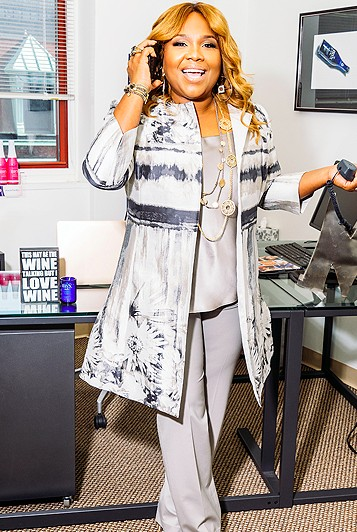 Mona Scott Body Size, Height, Weight