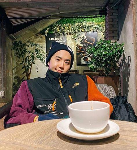 Suho Dating, Girlfriend, Affair