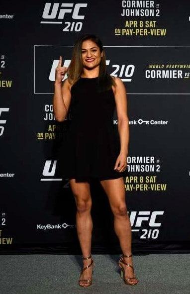 Cynthia Calvillo Body Size, Height, Weight