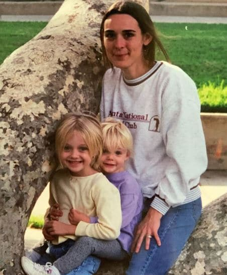 Elle Fanning Mother, Parents, Sibling, Family