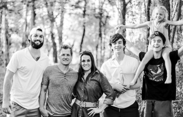 Hayes Grier Family, Parents, Siblings