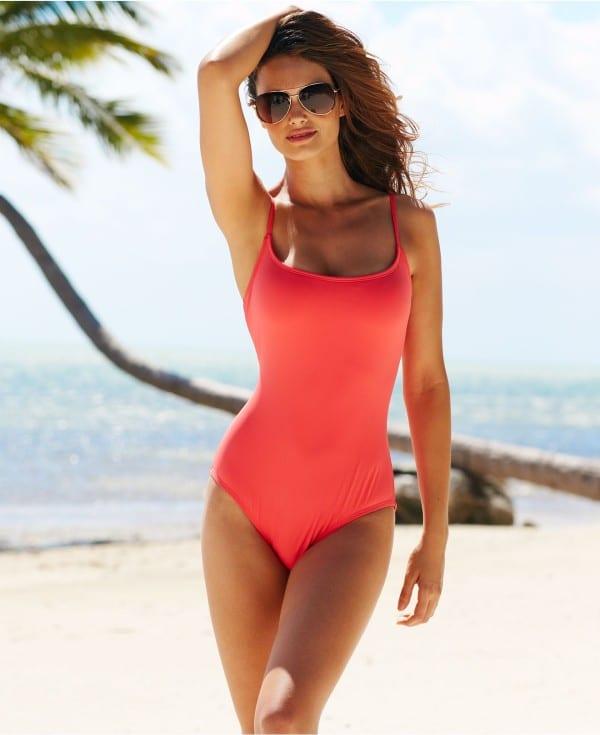 Lisalla Montenegro Height, Weight, Body Measurement