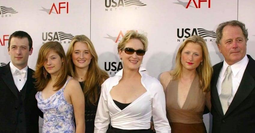 Louisa Jacobson Family, Parent, Siblings