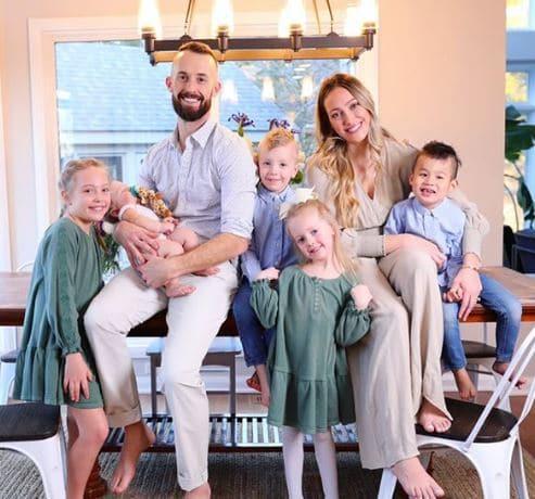 Myka Stauffer Children, Son, Daughter, Parent, Family