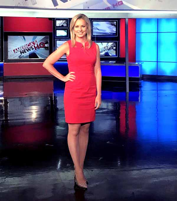 Sandra Smith Height, Weight, Body Measurements