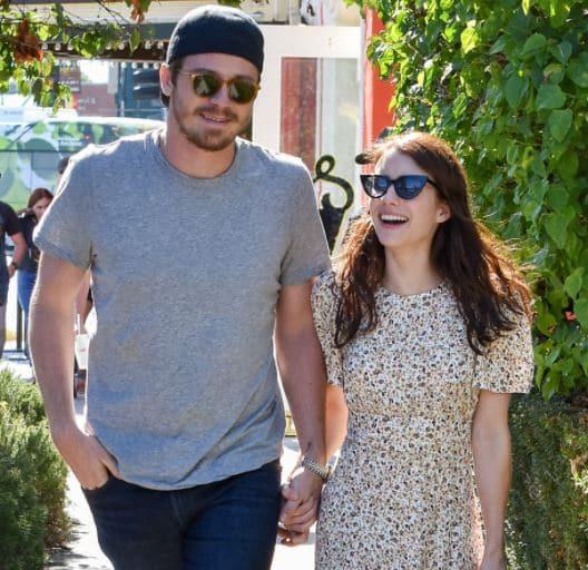 Emma Roberts Boyfriend, Dating, Garrett Hedlund